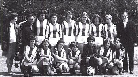 Frauenfußball Geschichte
